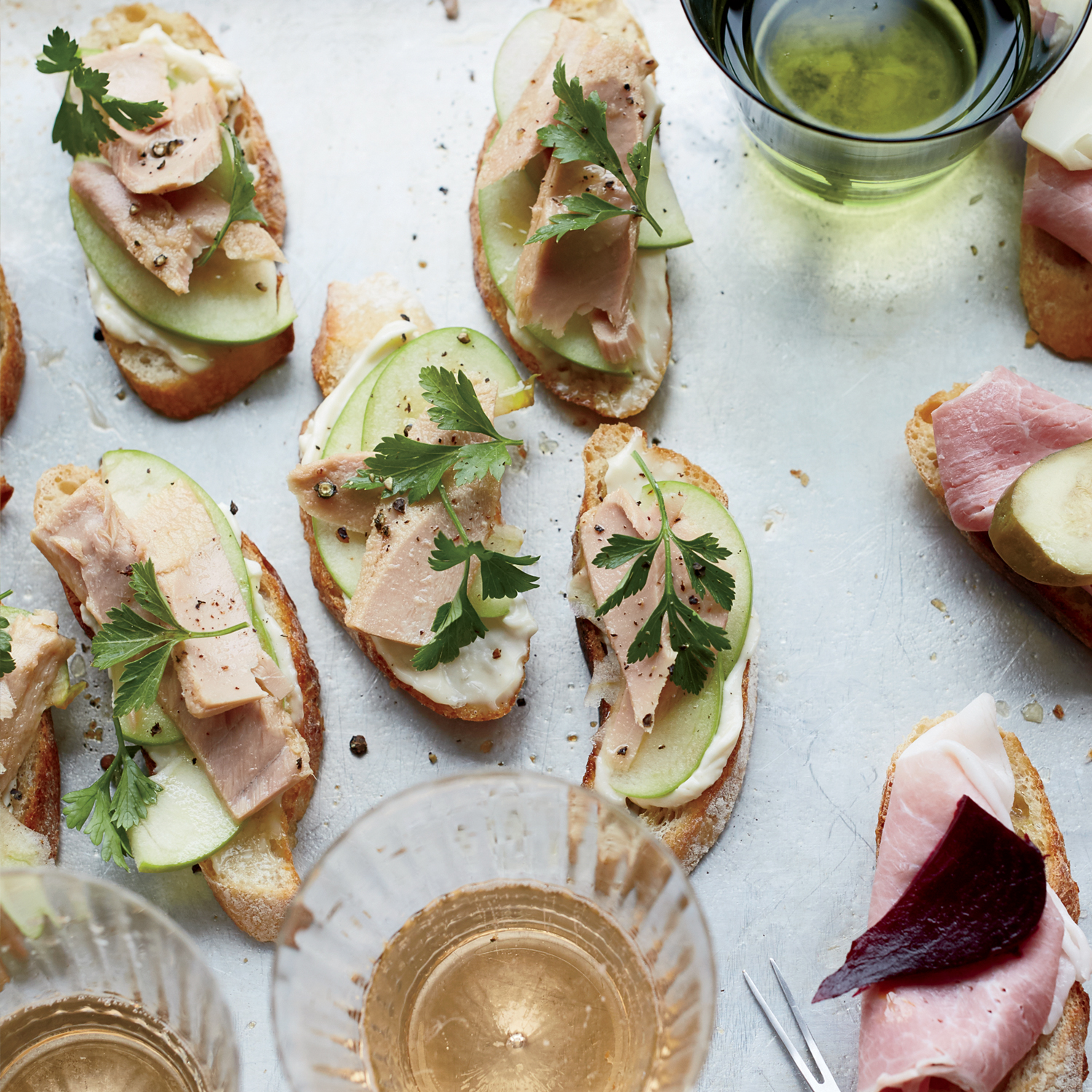 Le Roux Kitchen: Tuna-and-Apple Crostini Recipe - Justin Croxall