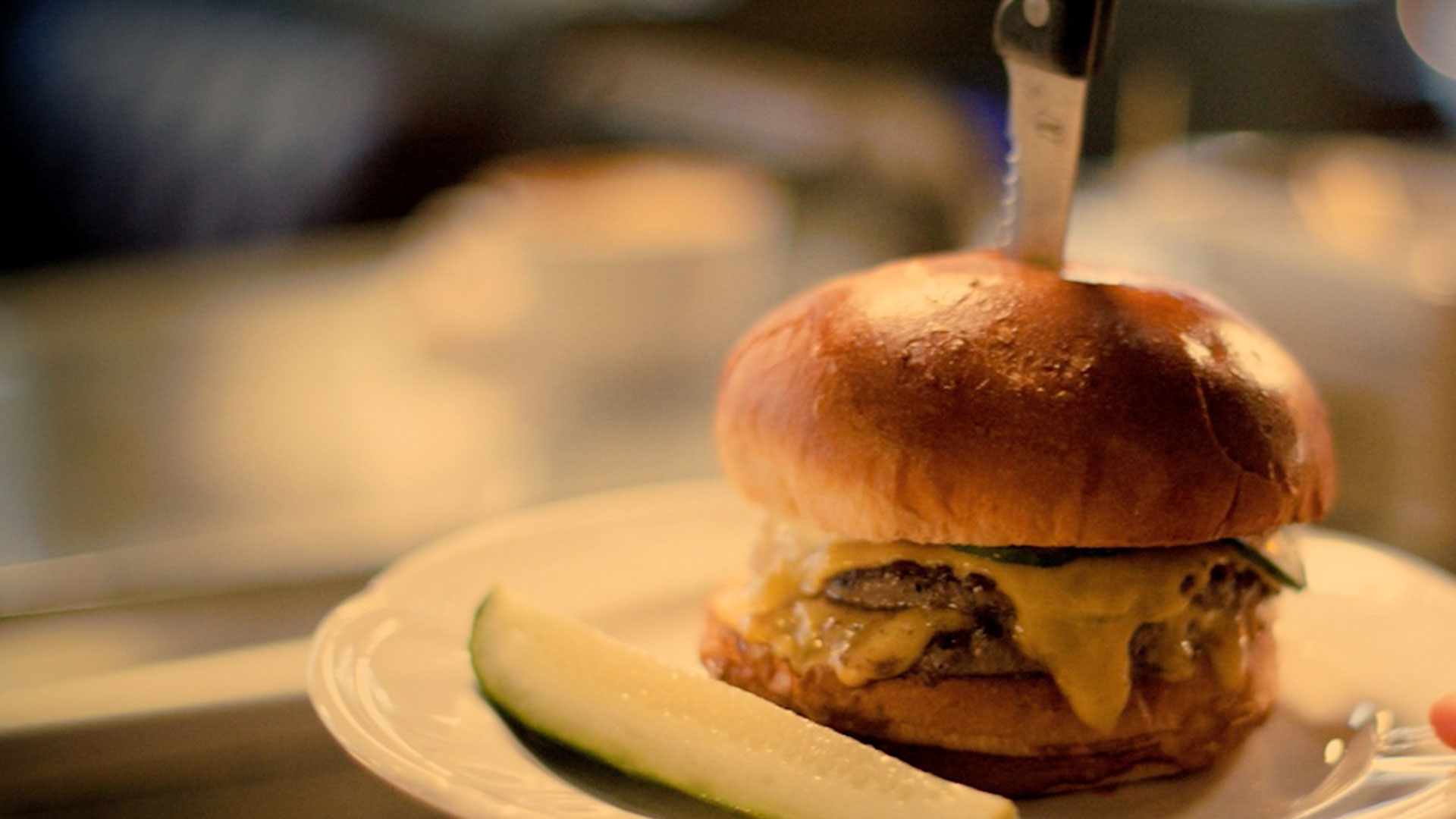 9 Essential Burger Spots in Chicago