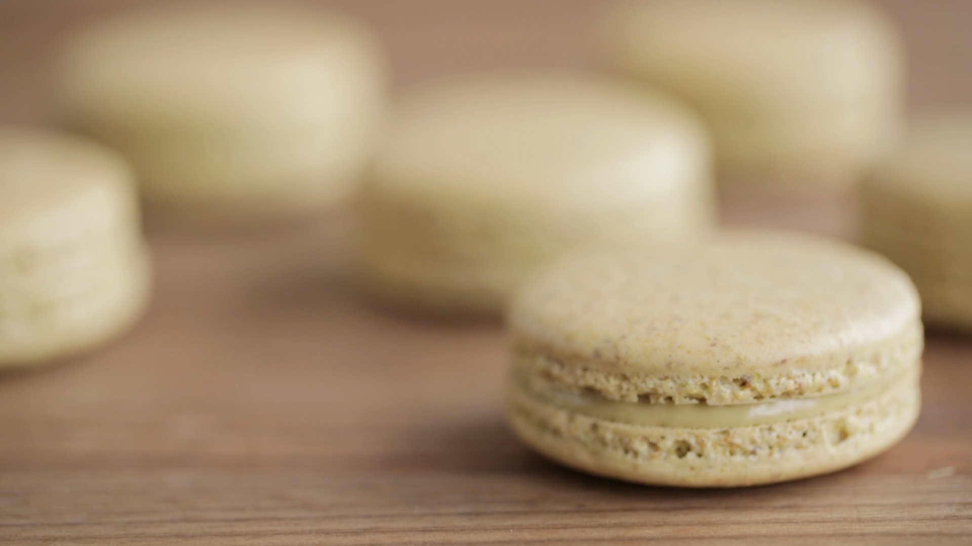 How to Make Pistachio Macarons