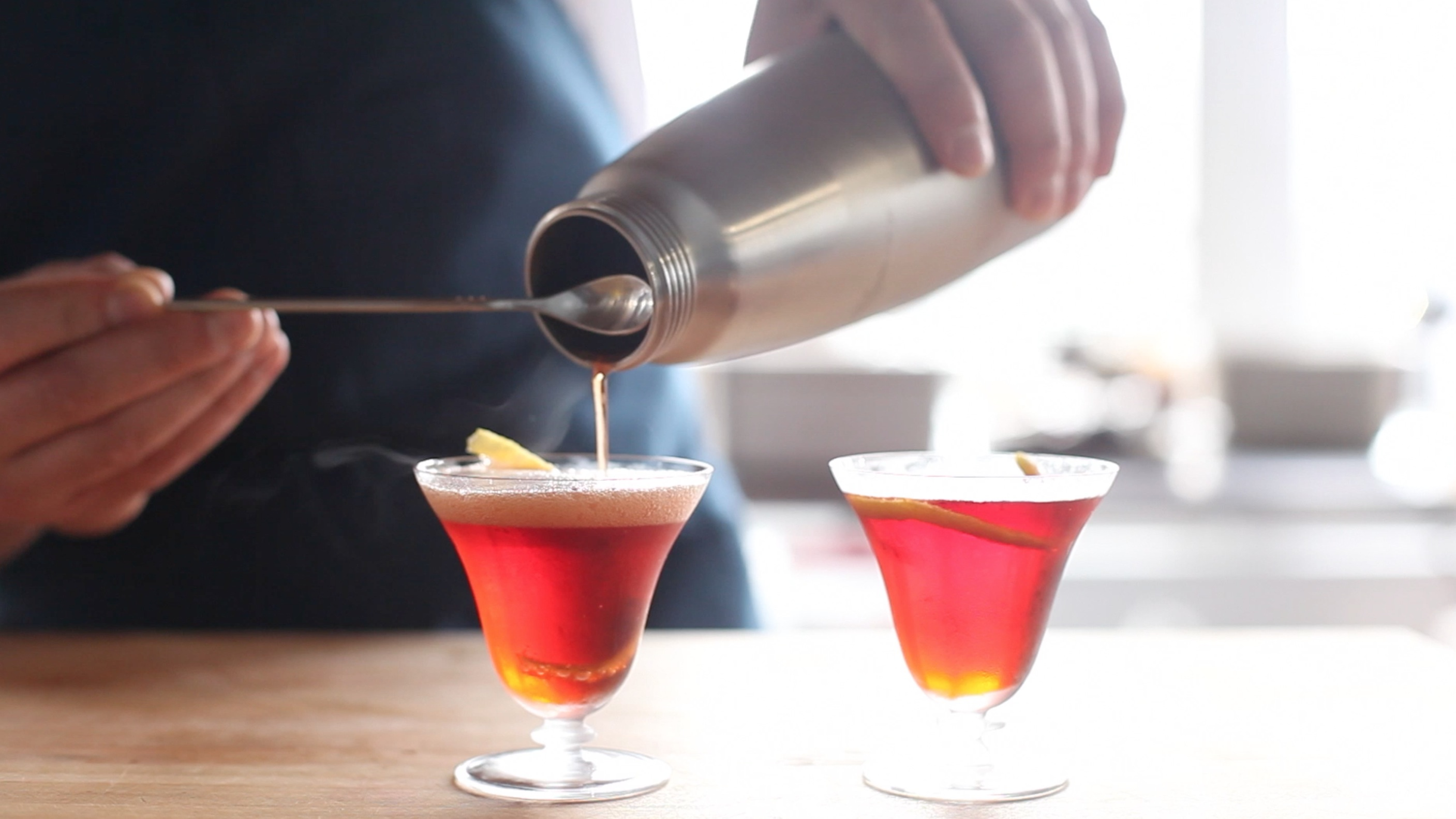 How to Make a Fizzy Negroni