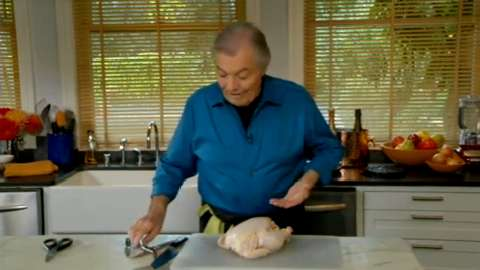 Jacques Pépin: Butterflying a Whole Chicken