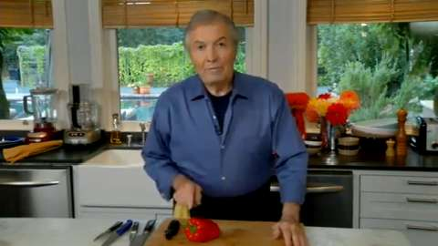 Jacques Pépin: Peeling Peppers