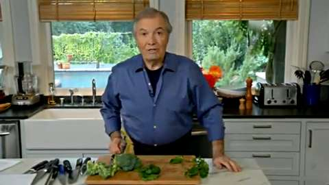 Jacques Pépin: Cleaning Spinach