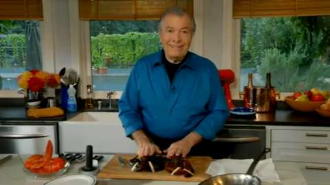 Jacques Pépin: Killing and Preparing a Live Lobster