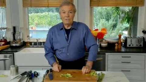 Jacques Pépin: Peeling and Trimming Asparagus