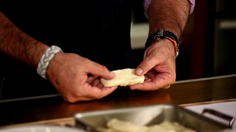 Andrew Zimmern: Stretching Hand-Pulled Noodles