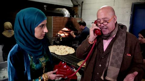 Andrew Zimmern Phones FOOD & WINE from Nashville