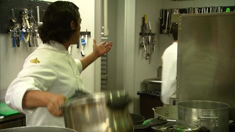 Top Chef 11: New Orleans, Ep. 14 - Po' Boy Smackdown