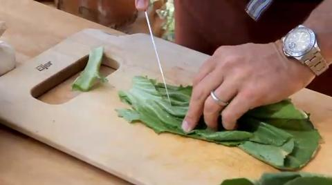 Michael Chiarello Demo: Mustard Greens