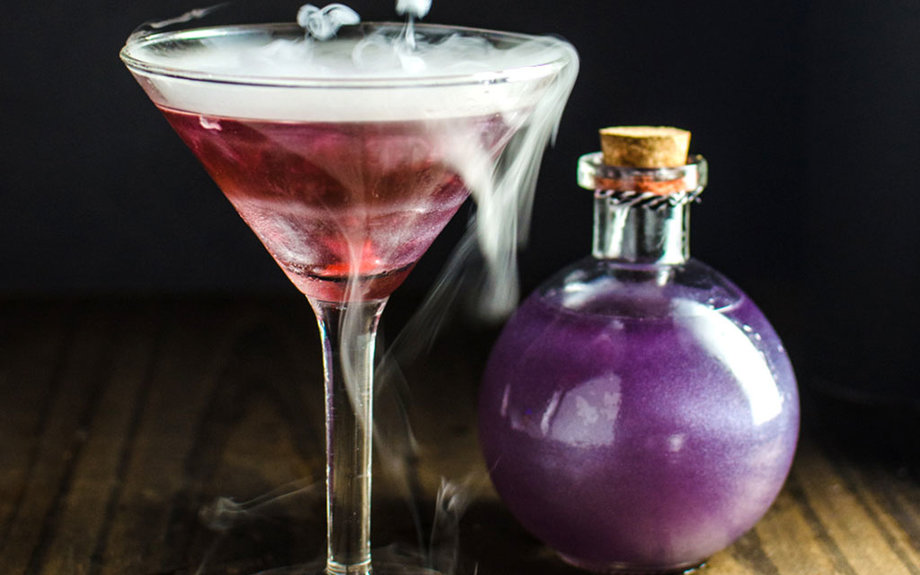 These Creepy Halloween Drinks Will Have You Saying 'Booyah!'